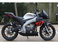 APRILIA 125 TUONO LEARNER LEGAL 125 CC NAKED APRILIA ROADSTER IDEAL COMMUTER