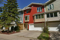 2-Bed+Dean, 3-Bath & 3-Storey Townhouse in Oliver.