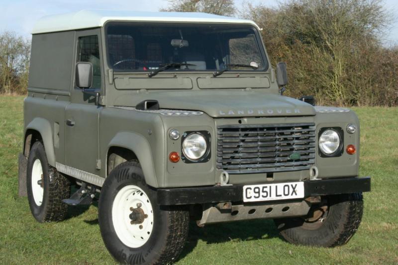 Land Rover Defender 90 Ex Mod 300 Tdi In Aylesbury