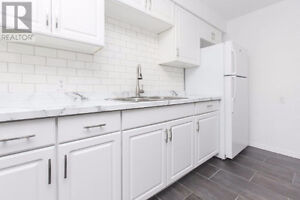 4-Bedroom with two separate units - St Lawrence College Area
