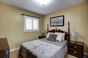 4BD,3BR in SOUGHT AFTER NGHRHOOD (6 car parking) in Mississauga
