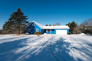 OPEN HOUSE SATURDAY MARCH 25th 2-4PM - 21 CATHLINE DRIVE, EAST