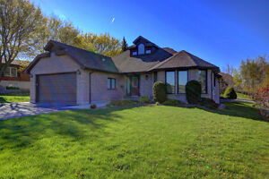 2357 Sq Ft Bungaloft on 1 Acre with Detached 24' x 32' Workshop