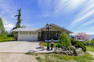 Salmon Arm - Private Rancher on 5 Acres