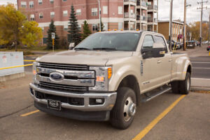 2017 Ford F-350 Lariat VERY LOW Kms! Pickup Truck