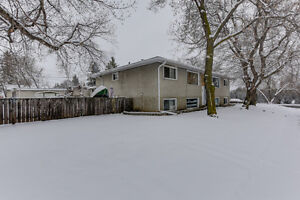 4 Plex in Forest Heights. Investors this is the one! MUST SEE!
