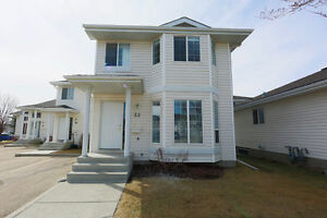 Renovated End Unit Townhouse in Silver Berry