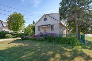 Pembroke Home For Sale - 674 Mary St