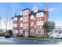 SUNNING LARGE 1 BEDROOM APARTMENT PURPOSE BUILT, LOW FEES!!!