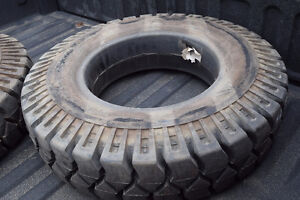 4 x new 7.50 by 15 cushion tire FORKLIFT
