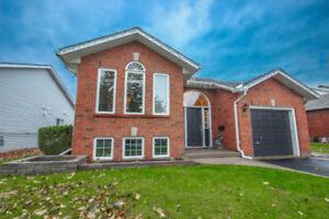 OPEN HOUSE SUNDAY - Fully upgraded bungalow w/ Inlaw suite!