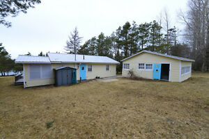834 Campbellton Road New London Waterfront Cottage PEI Canada