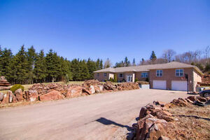 Executive Style Home 942 Rattenbury Rd in Granville PEI Canada