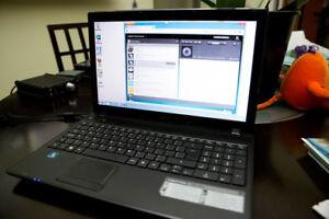 Ordinateur ACER Série 5552 à vendre (écran/clavier comme neufs).