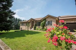 A Must See BEAUTY! OH Sat Aug 26th & Sun Aug 27th 1-3 pm