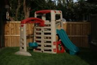 Step 2 - BIG CLIMBER Play Structure