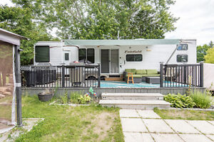 TURN KEY all in 1 RV +Camp Site at Royal Papineau (Lac D'argile)