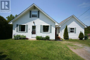 OPEN HOUSE at 8 Chalet Crt.  Sunday June 25th 3:00 to 4:30pm