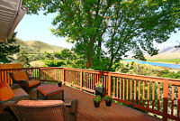 12 Months of Sunsets & Views; Immaculate Motgage-Helper Suite!!