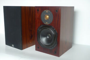 Monitor Audio Gold Bookshelf Speakers