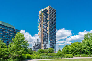 170 Bayview Ave  RC3