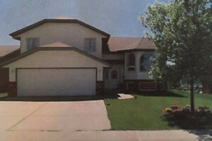 SINGLE FAMILY HOUSE FOR SALE ROSE DALE MEDOWS, RED DEER