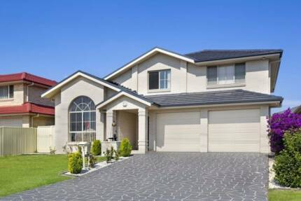 MAGNIFICENT DOUBLE STOREY HOME WITH GRANNY FLAT!!