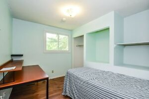 Walking Distance to UW $495 Furnished All Inclusive w/ DSL WIFI Kitchener / Waterloo Kitchener Area image 4