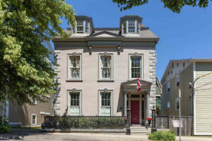 Luxurious heritage mansion for event/group in central Halifax