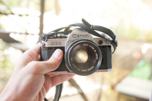 Canon AE-1 vintage film camera 35 mm excellent condition