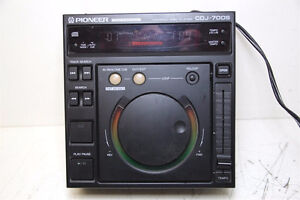 Pioneer CDJ-700S Pro Audio DJ Live CD Player/Controller