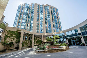 Maintenance Free Living with Waterfront Views 811-140 Dunlop St.