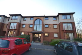 1 bedroom flat in Carnbee Avenue, Liberton, Edinburgh, EH16 6GA