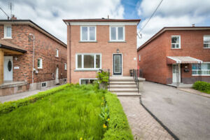 36 YORE RD, Keele/Eglinton, NEWLY RENOD, 2 SUITES with Parking