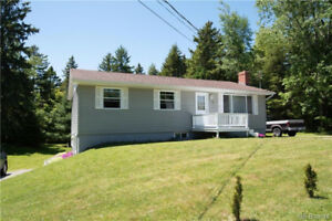 Great Two Unit in the Heart of Quispamsis!