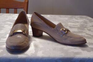 Ladies, Brand Name shoes - narrow size