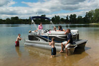 NEW LINE OF LUXURY & COMPACT PONTOONS !