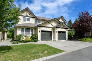 Spacious townhome in Courtenay