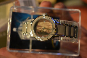Brand new Doctor Who Weeping Angel Watch