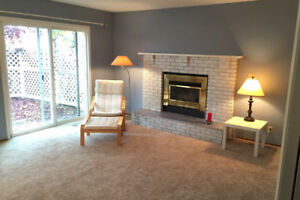 $620 AMAZING HOUSE Spacious Room-great location avail NOW