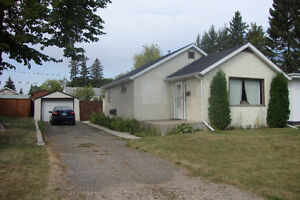 2 Bedroom House - Great Location!