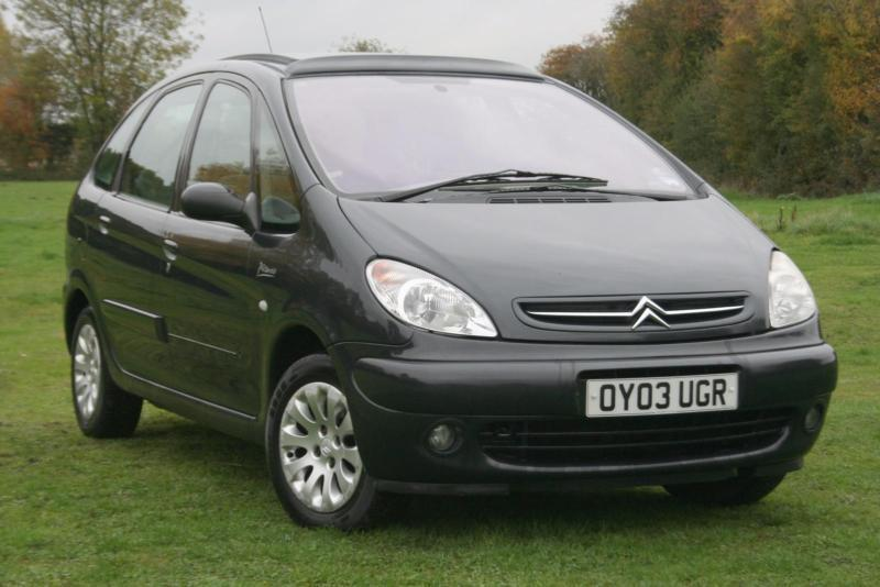 citroen xsara picasso 16v exclusive in aylesbury buckinghamshire gumtree. Black Bedroom Furniture Sets. Home Design Ideas