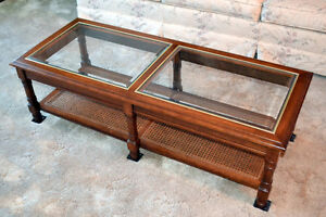 Set of three matching coffee tables