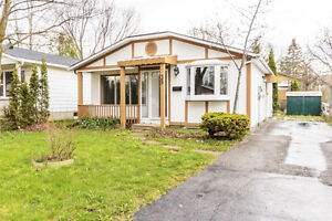 Beautiful House for Sale in Waterloo Area!