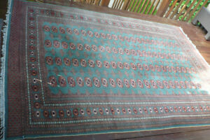 SOLD - Bokhara Wool Carpet / Rug - Hand Knotted - 9' x 6'