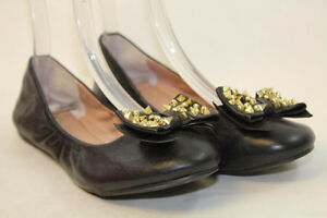 NEW Vince Camuto Casual Flats