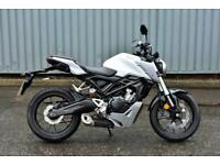 HONDA CB125R WHITE - NEW TYRES - FRESHLY SERVICED
