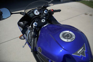Yamaha R6S in an excellent condition with low KM Sarnia Sarnia Area image 3