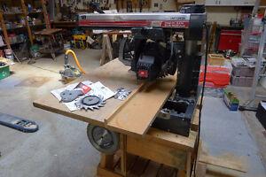 "Craftsman 10"" Radial saw / scie radiale"