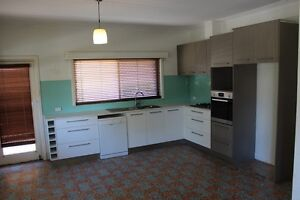 Freo House near Uni for rent.3x1. Secure parking 3 cars Fremantle Fremantle Area Preview